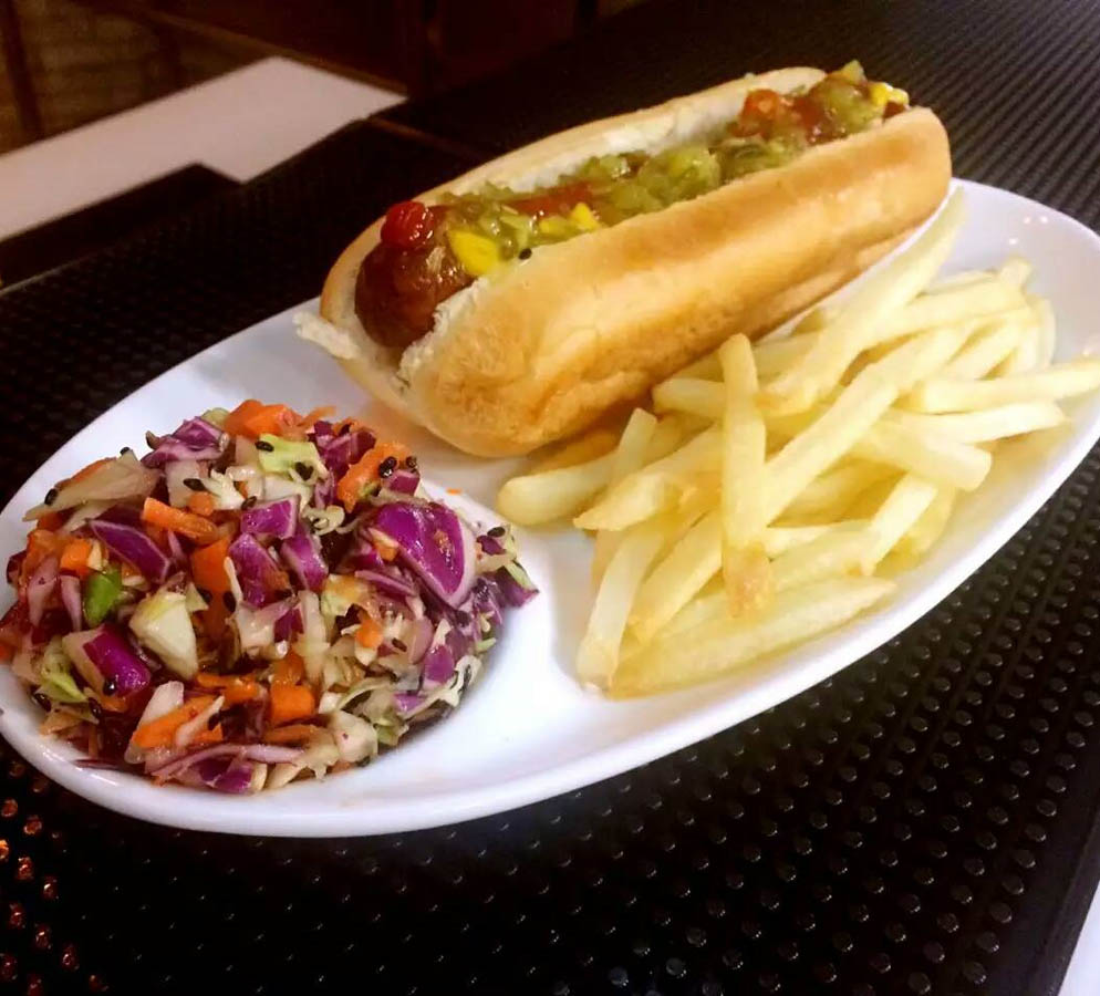 Vegan hot dog at Yard House